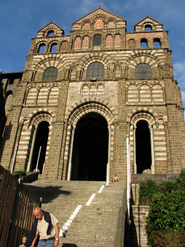 [Le Puy cathedral]